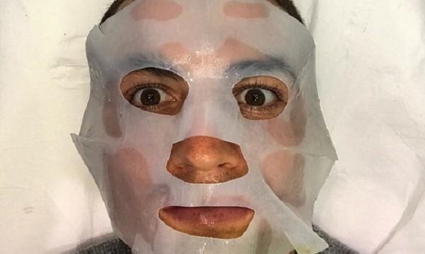 Звездните мъже, които си правят маски за лице