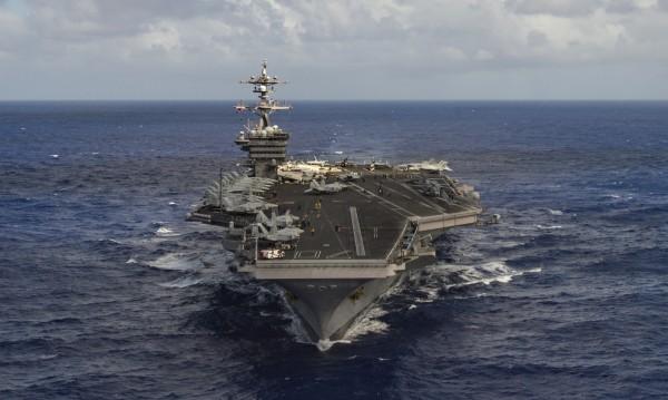 САЩ изпращат самолетоносач към Корейския полуостров