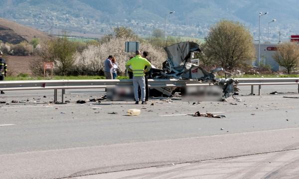 Касапница на пътя: Девет души загинаха само за ден