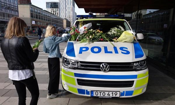 След атентата в Стокхолм: Разпити, обиски, проверки...