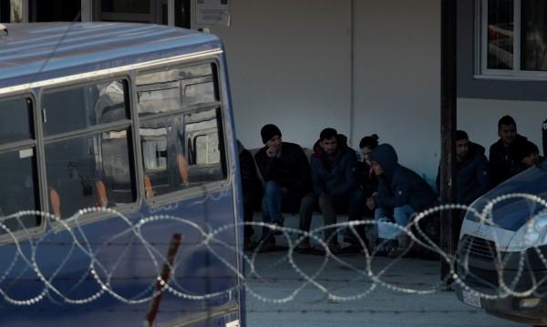 Фронтекс бие тревога: Турция може и да не задържи бежанците!