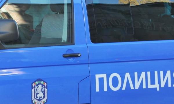 Пиян катурна ТИР и разпиля слънчоглед в Разградско