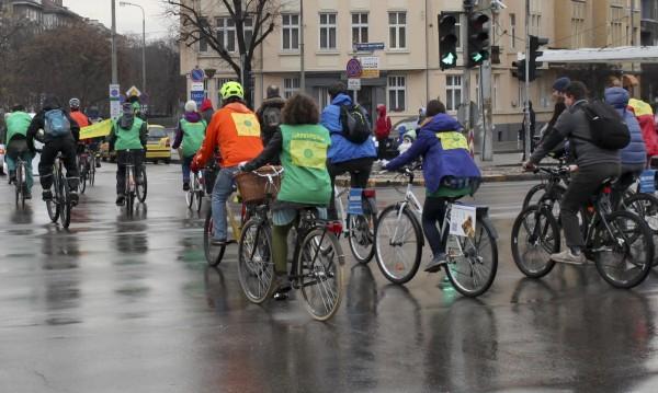 На пътя: Поне един сгазен велосипедист на ден