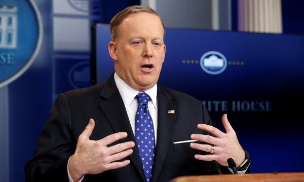 """Говорител на Белия дом се извини за: """"Асад е по-лош от Хитлер"""""""
