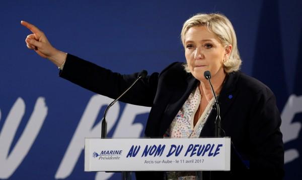 Льо Пен обеща излизане от Шенген, ако я изберат за президент