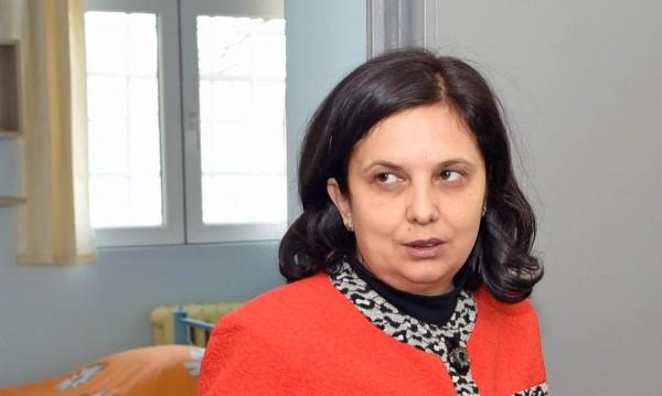 Служебната правосъдна министърка плаши Радев с оставка