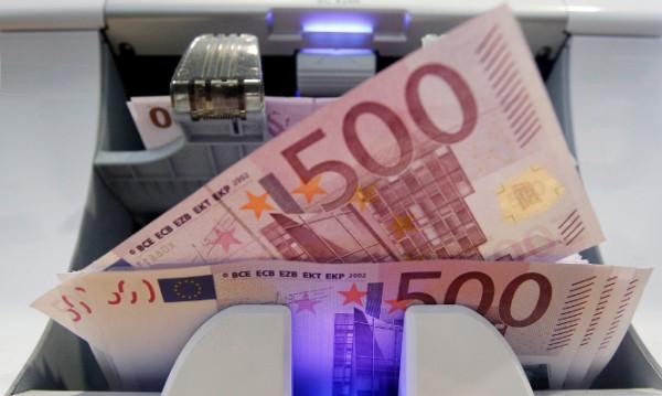 Кмет прати на Меркел сметка = €736 000, пръснати за мигранти