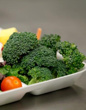 Хапването на броколи предпазва от рак