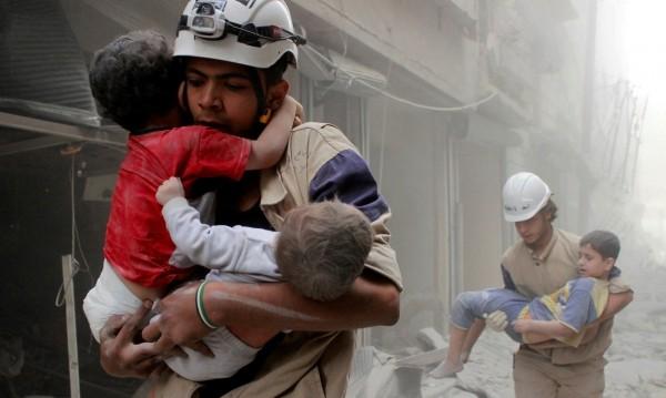 Асад ли пусна зарина? САЩ са прехванали разговори