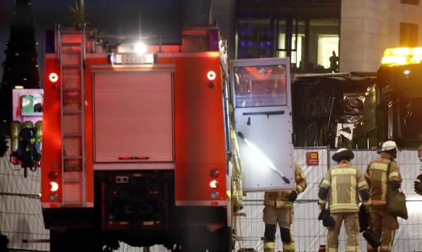 13 души пострадали при пожар в къща в Германия