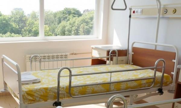 Скокът на тока и парното удря и болниците