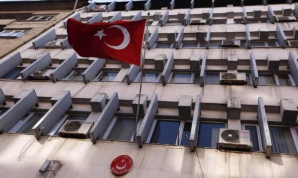 Масови арести на опозицията преди референдума в Турция