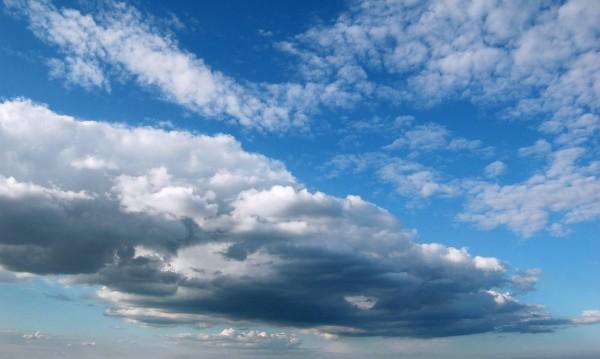 Времето преди Великден: По малко  слънце, облаци и дъжд