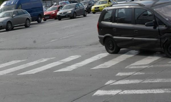 18-годишен убил жената на пешеходна пътека, хванаха го