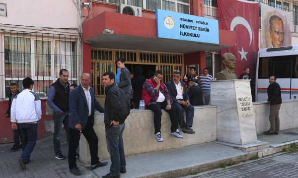 Страстите около референдума в Турция взеха две жертви