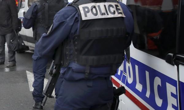 Мъж нахлу в църква в Ница, закани се на християните