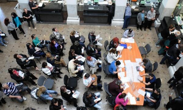 Търсят се: 100 чиновници на изпроводяк... в МВР-то, МОН, МОСВ