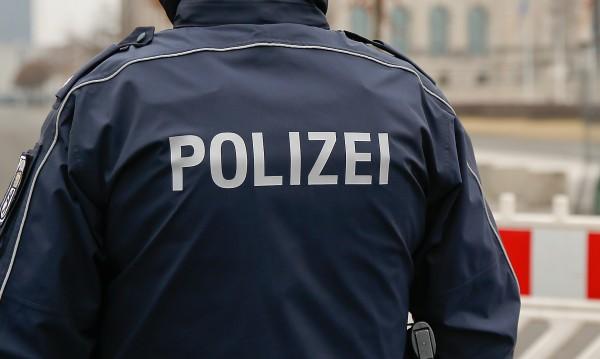 14-годишно българче издъхна в Германия след удар с брадва