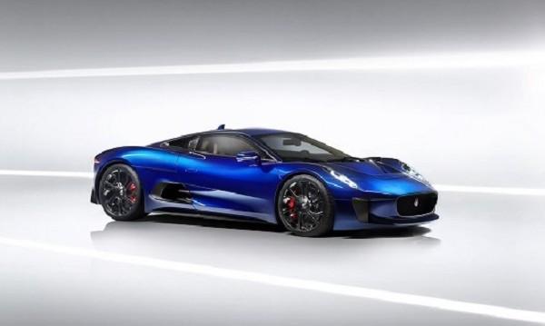 И Jaguar поглежда към хибридите, ще прави спортни модели