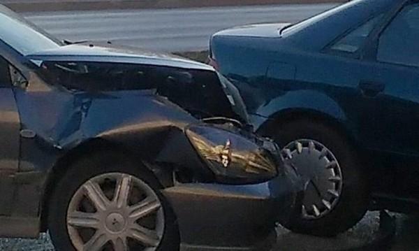 Румънски и български коли се сблъскаха край Шумен