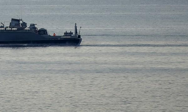 Руски кораб с 12-членен екипаж потъна в Черно море