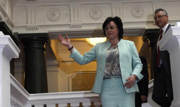 Корнелия Нинова не вярва 44-ото НС да изкара пълния си мандат