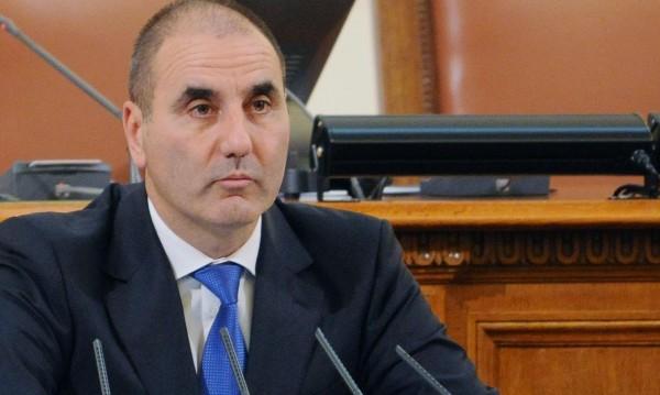 """Цветанов с надежда кабинетът """"Борисов"""" 3 да изкара мандата"""