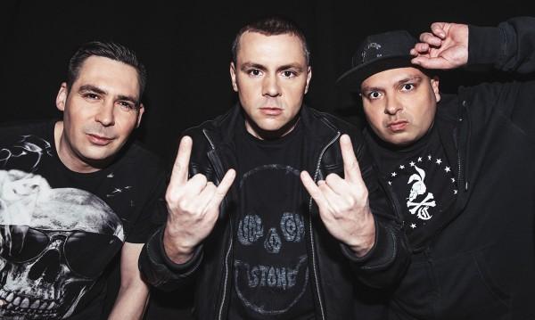 Дичо, Лора и Goodslav излизат на концерта на Ъпсурт