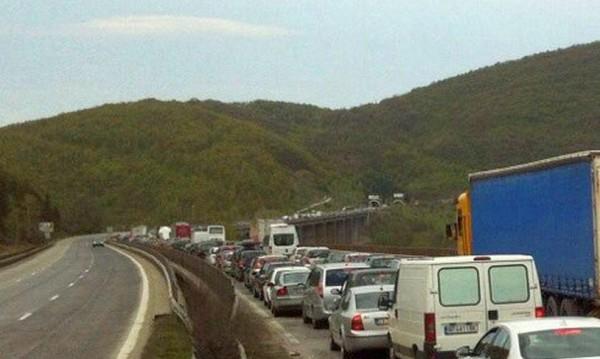 """След инцидента: Затварят тунел """"Витиня"""" към София"""