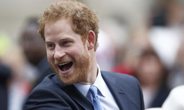 Любимата на принц Хари е приета безусловно