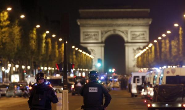 """""""Ислямска държава"""" пое отговорност за терора в Париж"""