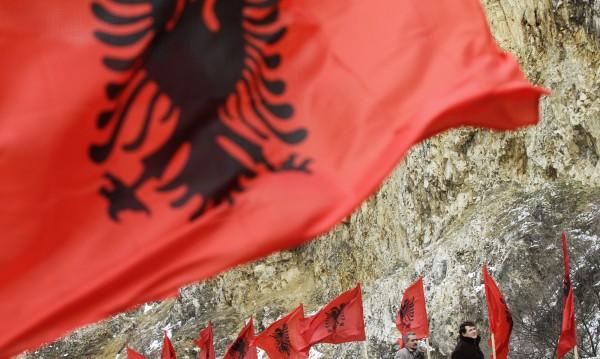 Муслиу: Сърбите да са благодарни, че не искаме и Ниш!