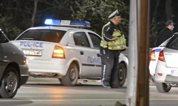 Мъже с бухалки нападнаха мъж в столично заведение