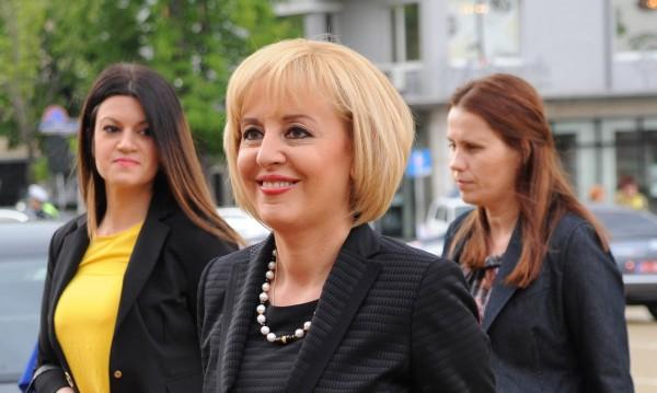 Мая Манолова ще става баба. Името на внучето – с М