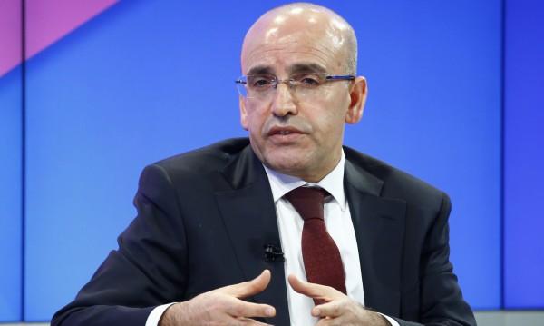 Анкара обещава: Демокрация и след референдума!