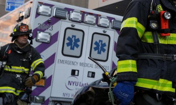 Петима души, от които три деца, загинаха в пожар в Ню Йорк