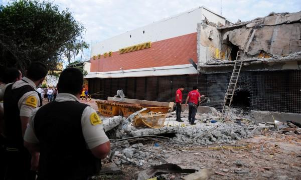 Десетки въоръжени обраха трезор в Парагвай, взеха милиони