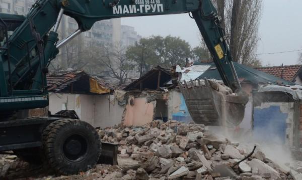 Съдът в Страсбург спря събарянето на ромски къщи в Пловдив
