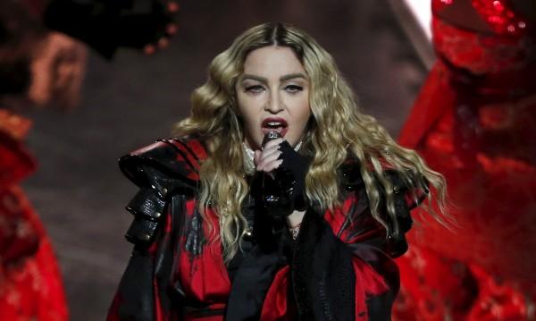 Мадона: Само аз мога да разкажа историята си!