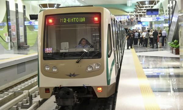 Метро №3: 130 000 пътници повече, 14 000 коли по-малко в София