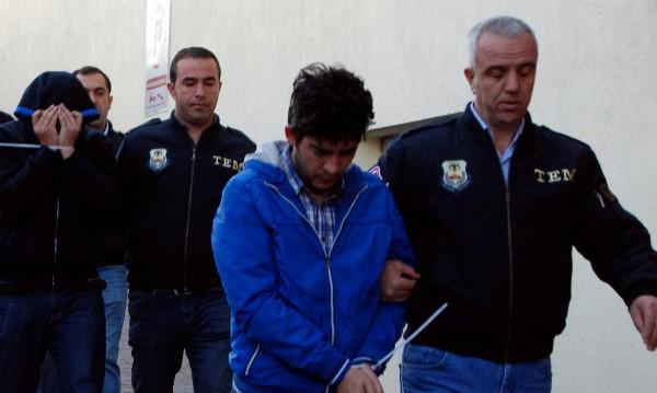 Турция отстрани от длъжност 9103 полицейски служители