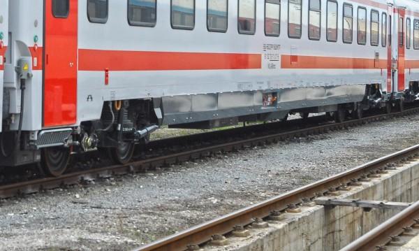 Пускат още 13 хил. места във влаковете за 1 май