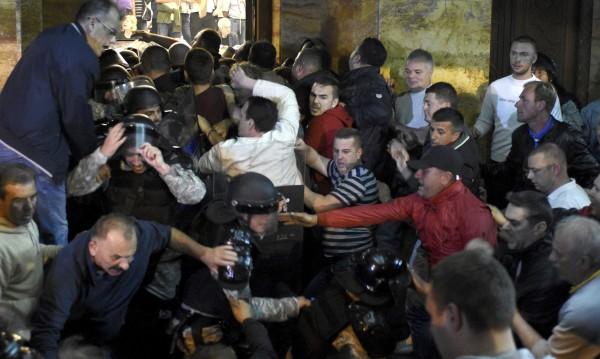 Експерти: Албанците започнаха създаването на третата си държава!