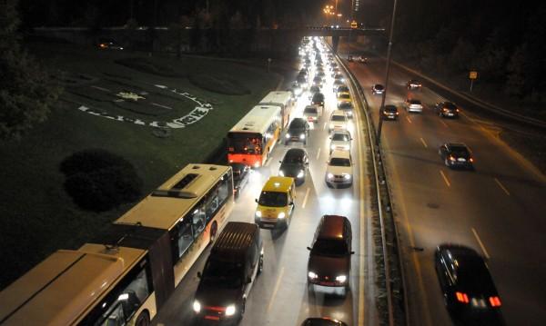 """София """"отеснява"""": Над 600 автомобила се регистрират за ден"""