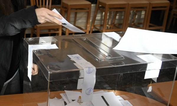 Частични избори: 2 кмета за ГЕРБ, 1 за ДПС и два балотажа