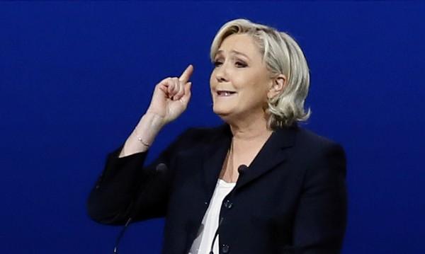 """Съюзник на Марин Льо Пен призова да се излезе от """"затвора ЕС"""""""