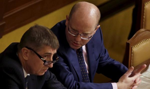 Чешкият премиер хвърли оставка заради спор с финансист №1