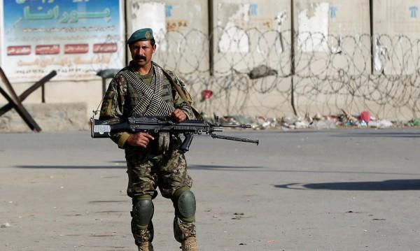 Четирима загинаха в атентат срещу конвой на НАТО в Кабул