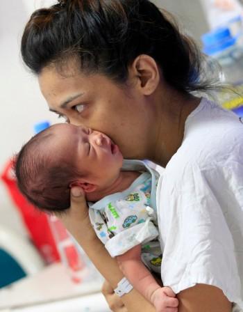 Акушерка: Нужна е хармония между майката и бебето