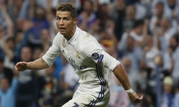 Медиите в Испания: РоРоРоналдо е №1 в света
